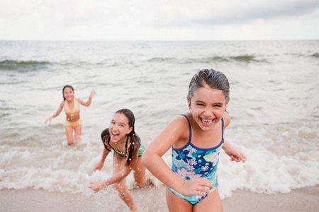Малыш боится воды и наотрез отказывается купаться детские страхи